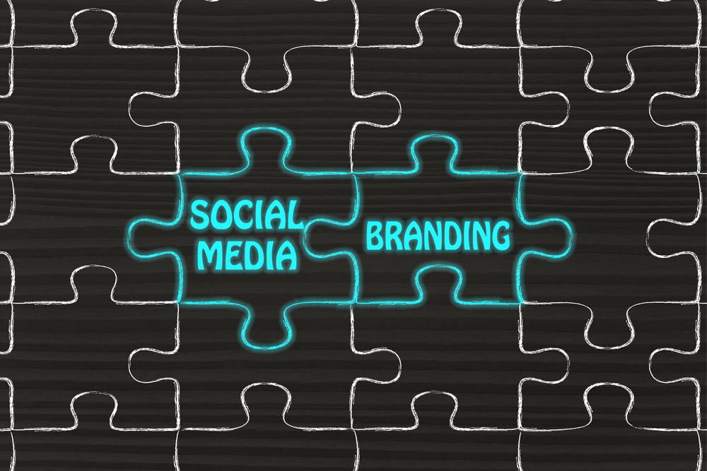matching jigsaw puzzle pieces metaphor: social media & branding