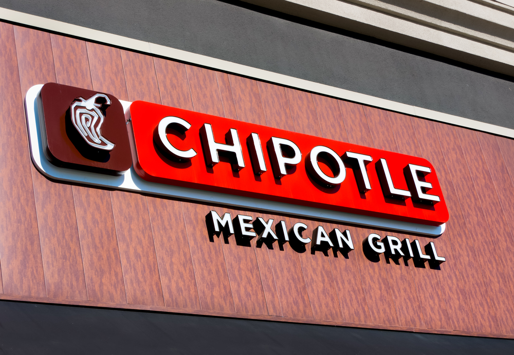 SALINAS, CA/USA - JANUARY 4, 2104: Chipolte Mexican Grill Sign. Chipolte is a chain of  casual dining restaurants specializing in burritos and tacos.
